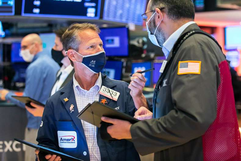 Up 260 points, Dow Jones broke the link with the 5 . discount version